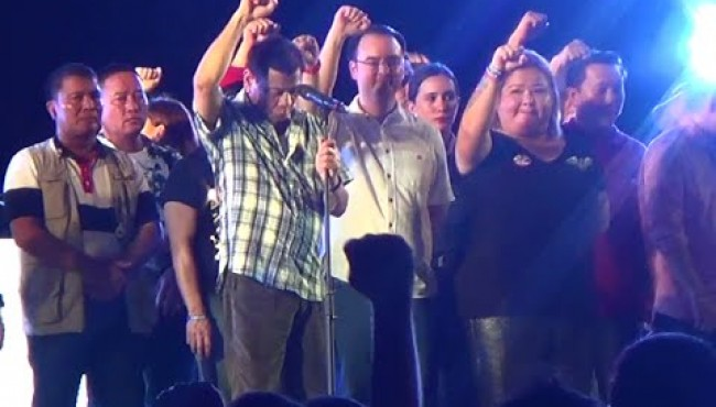 Duterte Lights Up Davao Thanks Giving Party