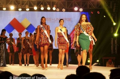 Davao Fashion Designers Show Off at Miss Universe Fashion show