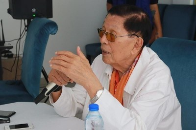 Enrile gives Duterte government a score of 9/10